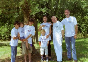 Six of us at La Grée with Grand-père modelling T-shirts that Tante Lucette had kindly sent us from Provence. Daphné and Alban were with their father during this part of the 2001 summer vacation, and so missed this photo at La Grée.