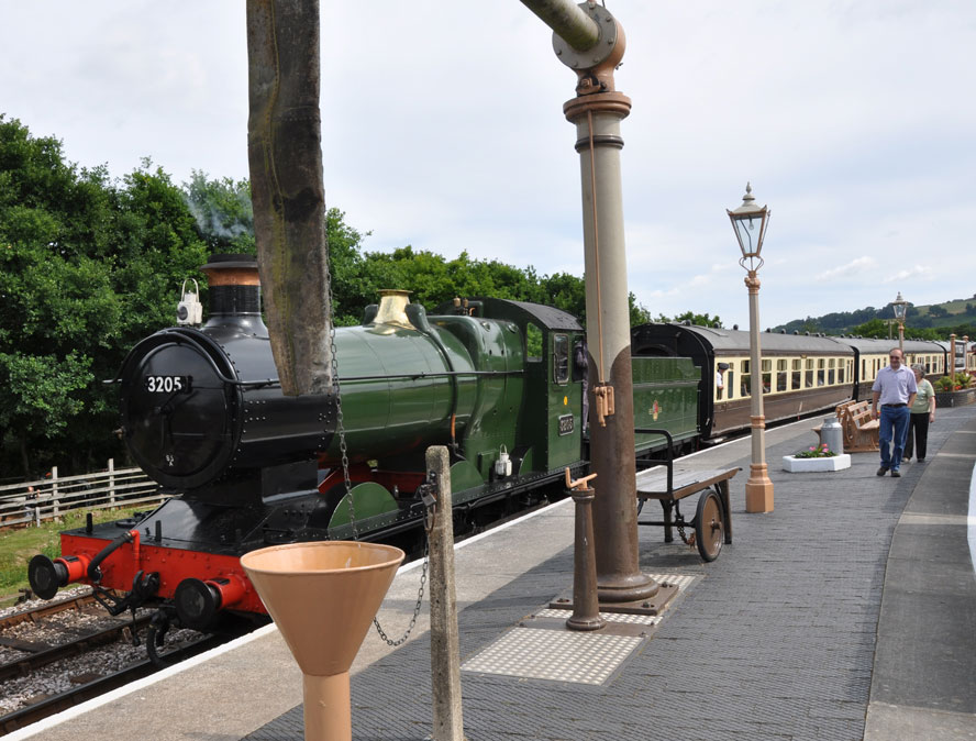 Leaving Totnes station on July 11, 2010