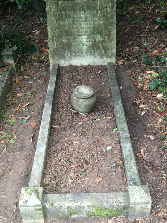 I cleaned up my great-grandparents' grave in Caversham Cemetery, Reading, where great granddad FRank Charles was the GWR's goods agent until his retirement in 1939.